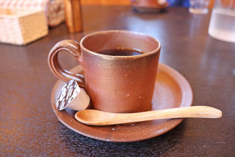 備前焼のコーヒー